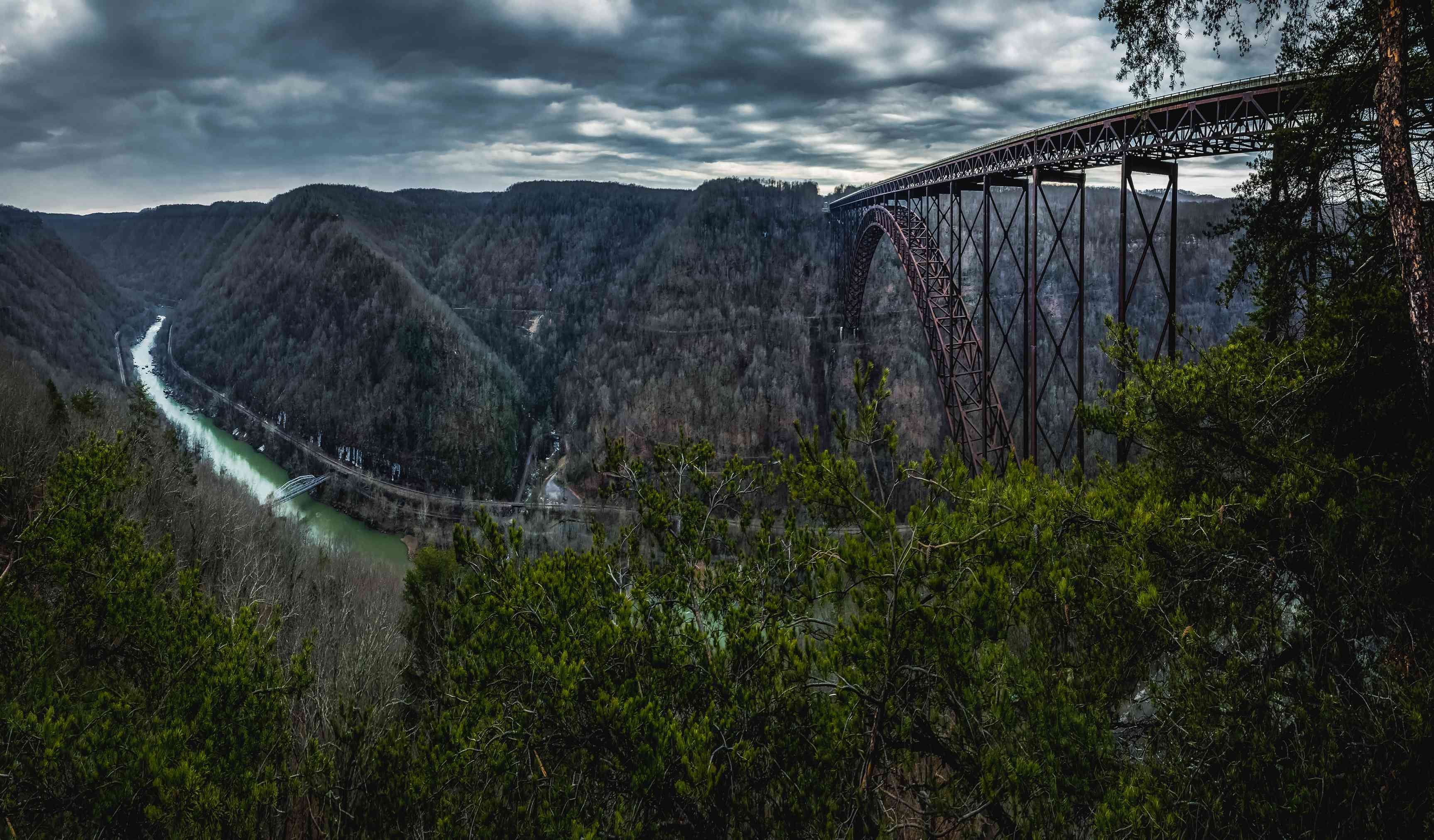 New River Gorge is thought to be one of the oldest rivers in the world. It is the longest and deepest river gorge in the Appalachian Mountains.