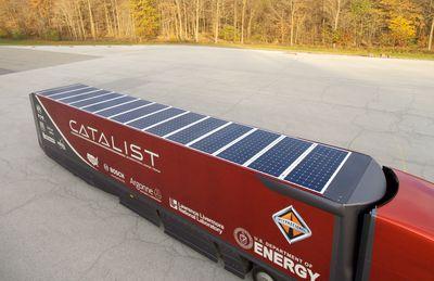 solar powered transport trailer