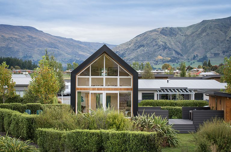 Teeny Tiny Houses Are Becoming A Big Thing In New Zealand And Australia