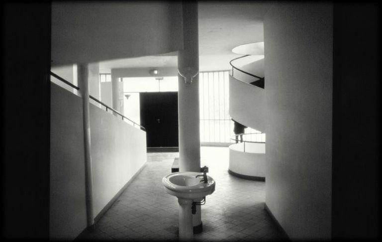 Villa Savoye sink