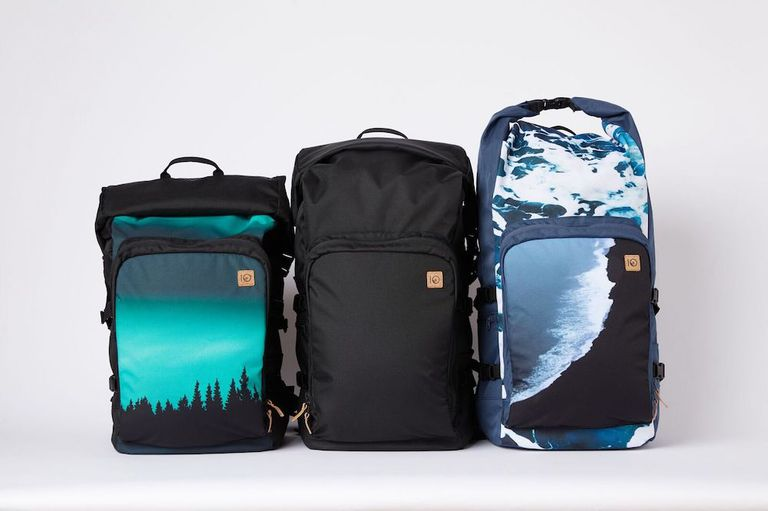 3 mobius backpacks showing the different sizes to which it can adjust