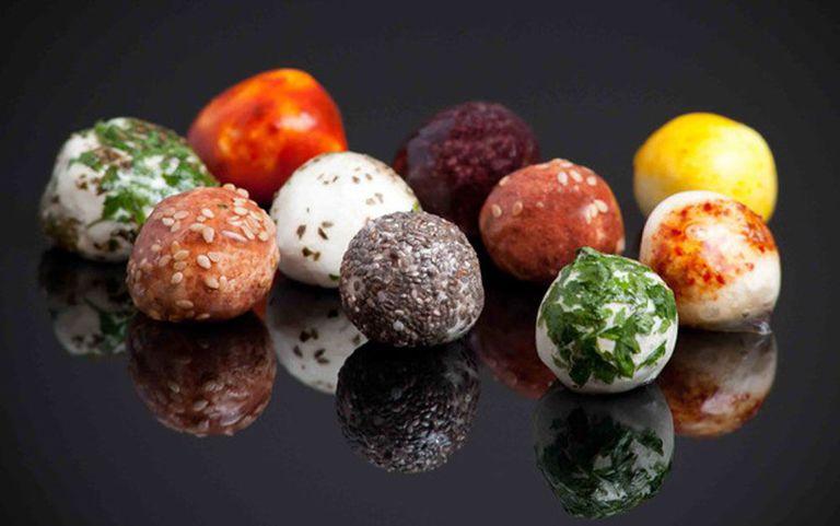 Wikipearls: Alimentos del tamaño de un bocado envueltos en envases comestibles