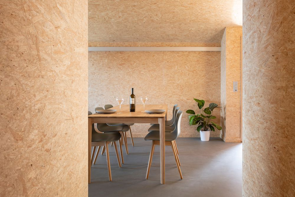 Dining Room in Whitepod