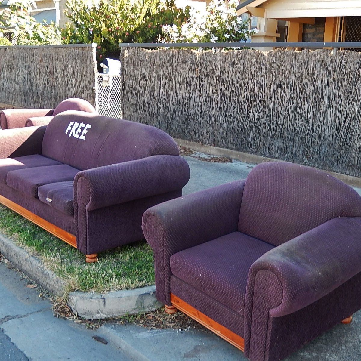 5 Ways To Get Rid Of Unwanted Furniture