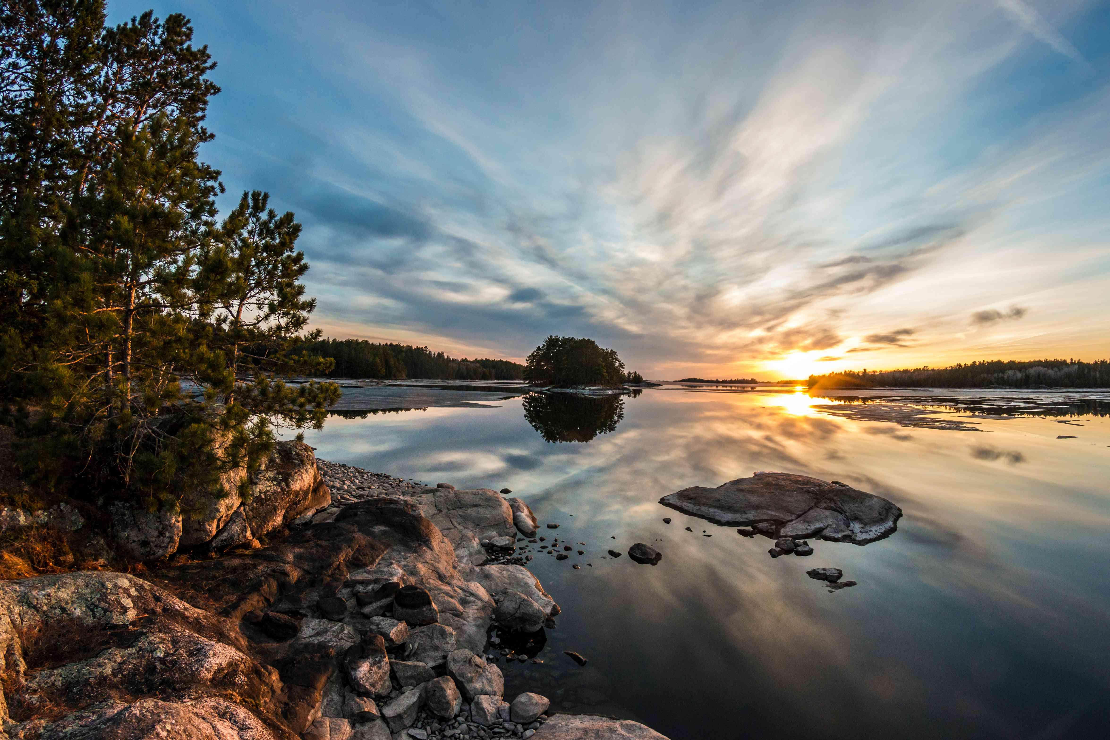 View of sunset over Lake Kabetogama, Voyageurs National Park