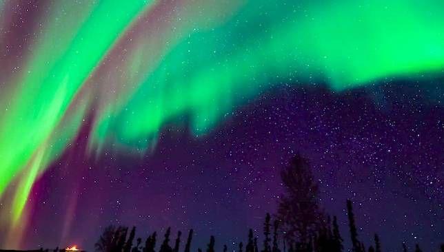 Aurora Borealis Lanza 'Una Fiesta en el Cielo'