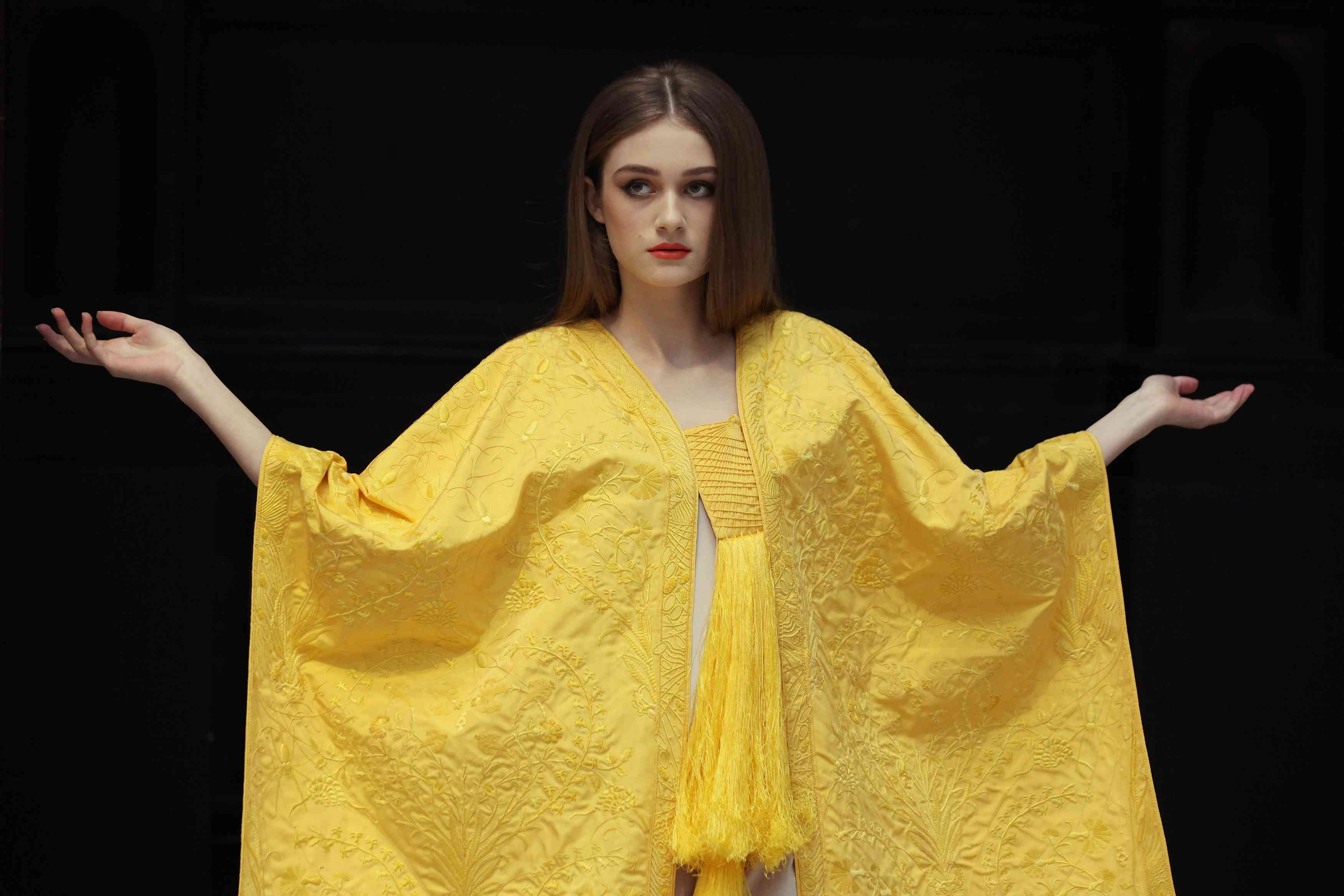 cape made from spider silk