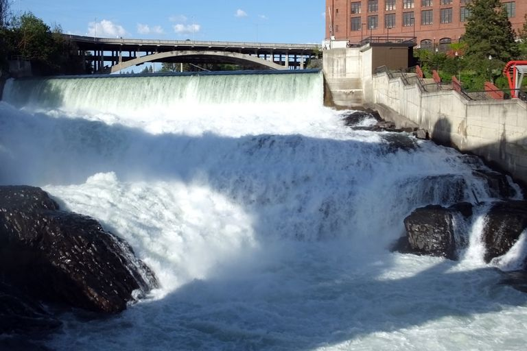 Spokane Falls in Washington, water crashing down multiple levels