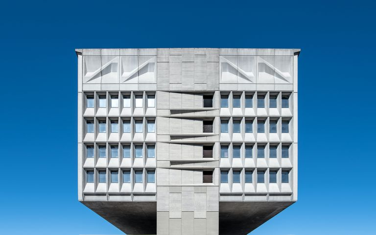 end of pirelli building