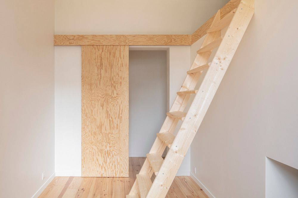Stair to lovt