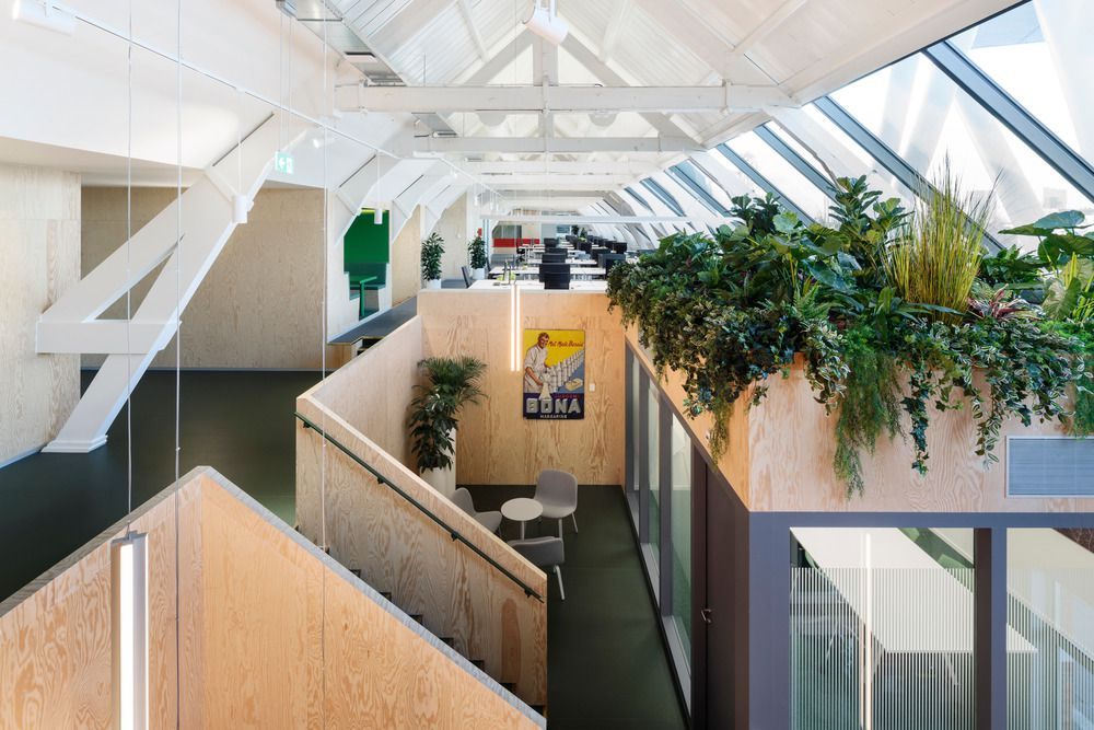 Rotterdam Factory Attic is Converted to Offices