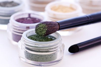 Eye Shadows with Brushes