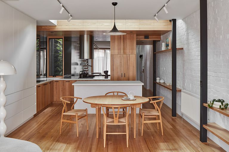 Through The Looking Glass House by Ben Callery Architects kitchen