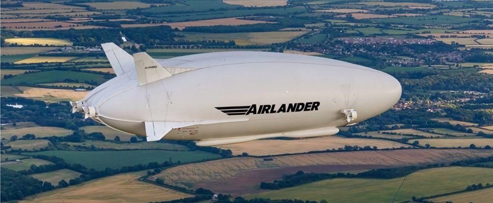 Airlander flying