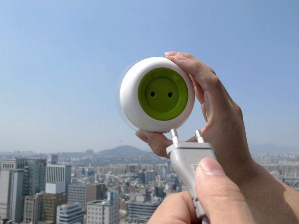Window Socket, solar-powered plug in