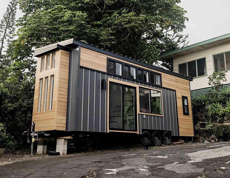tiny house hawaii Taylor and Michaella McClendon exterior
