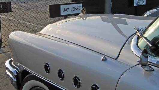 Su colección es enorme, pero el 'Rosebud' de Jay Leno es un Buick Roadmaster de 1955