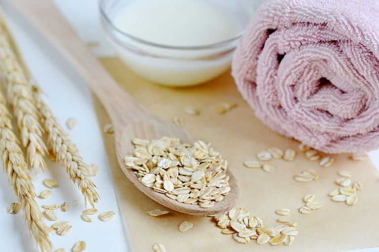 Natural Ingredients for Homemade Body Face Scrub Oat