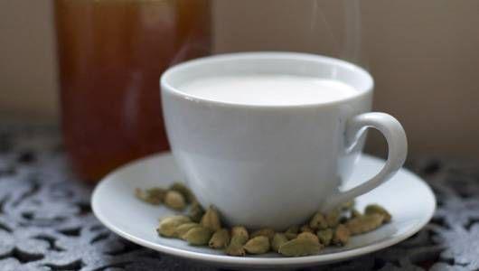 13 Bebidas calientes saludables y deliciosas para probar