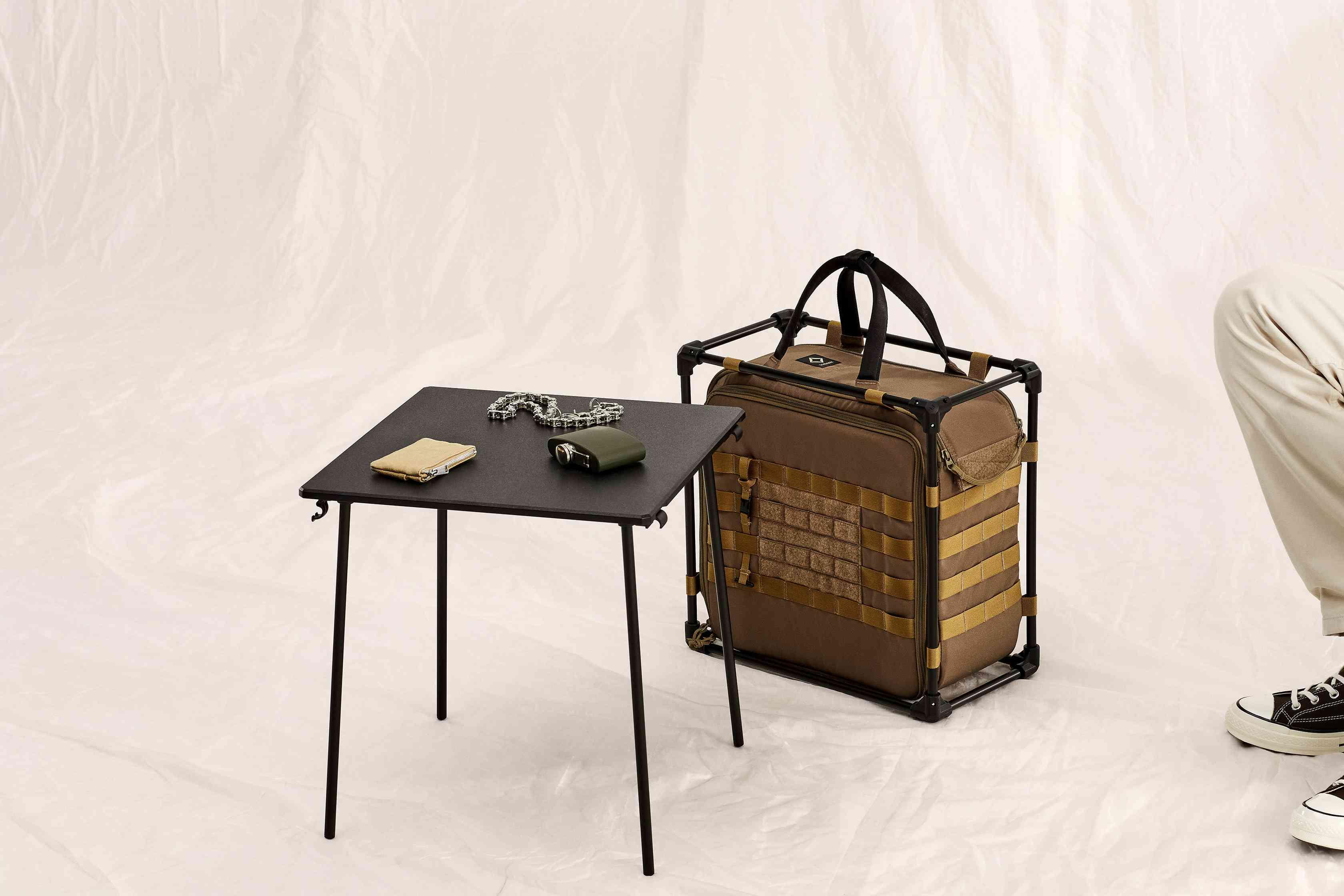 helinox desk separated