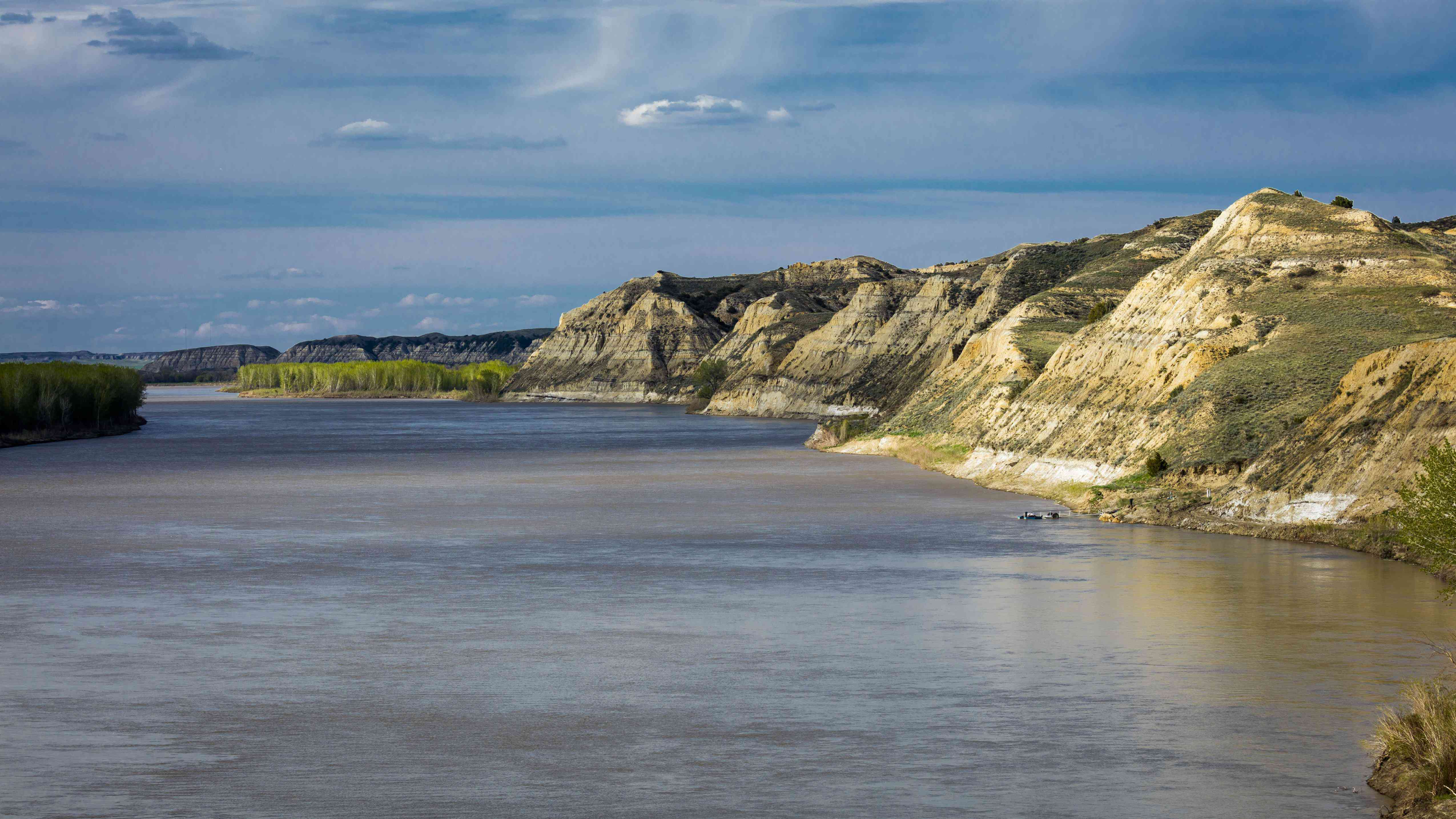 Retracing the Lewis and Clark Expedition Yellowstone River