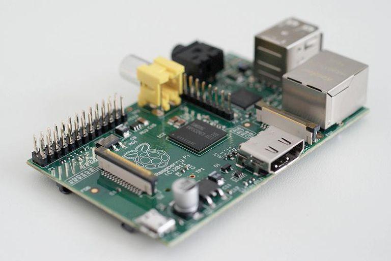 raspberry pi computer photo