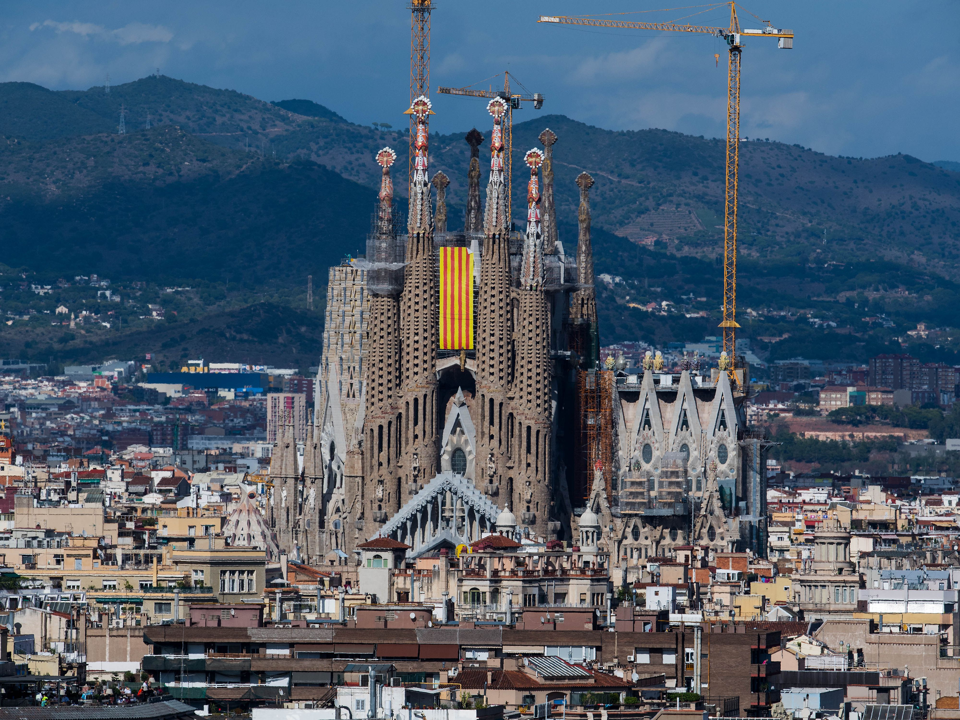 under construction for 137 years this famous spanish basilica just got its building permit under construction for 137 years this