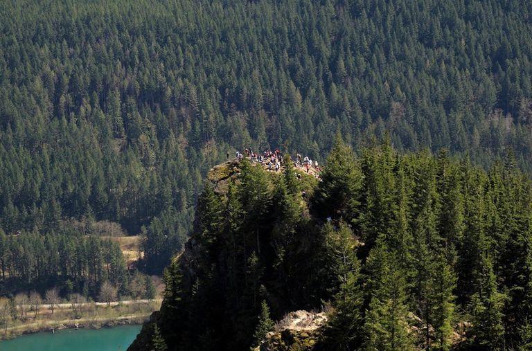 ¿Cómo salvamos a los parques nacionales del sobreturismo?
