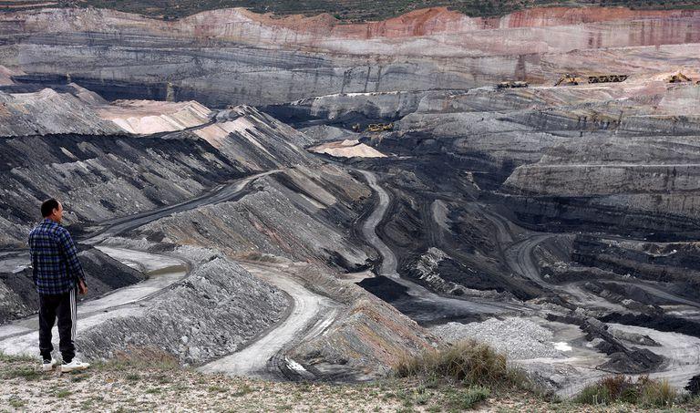 Compañía de carbón se compromete a ... extraer menos carbón