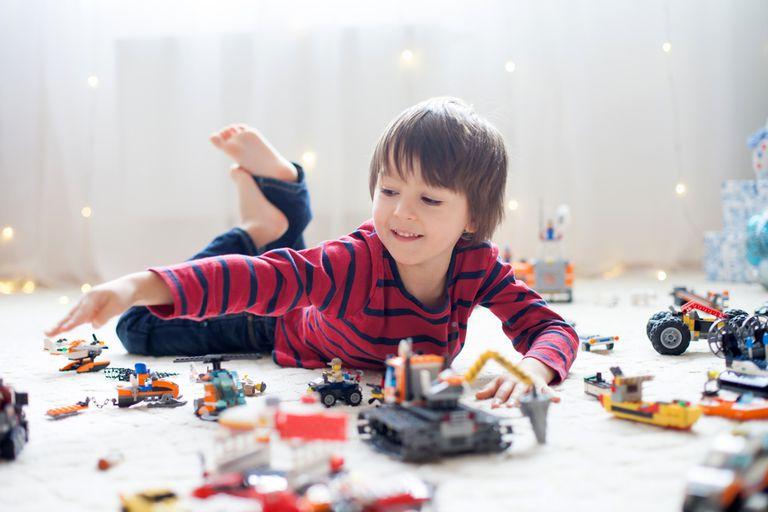 ¿Quiere hacer crecer a un ingeniero? Agregar legos