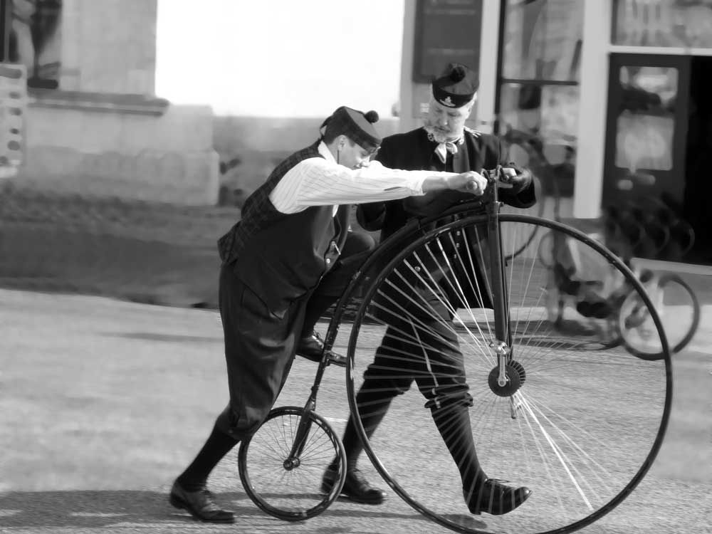The penny-farthing bicycle required acrobatic skills to mount and ride over the large front wheel with direct pedal drive