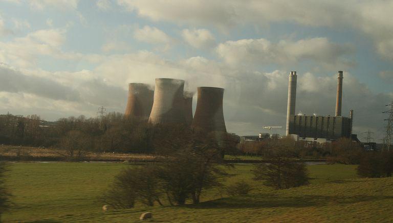 El Reino Unido ve la generación de energía per cápita más baja desde 1984