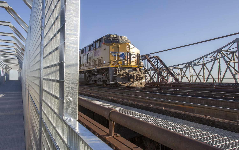 Trail meets rail at Harahan Bridge