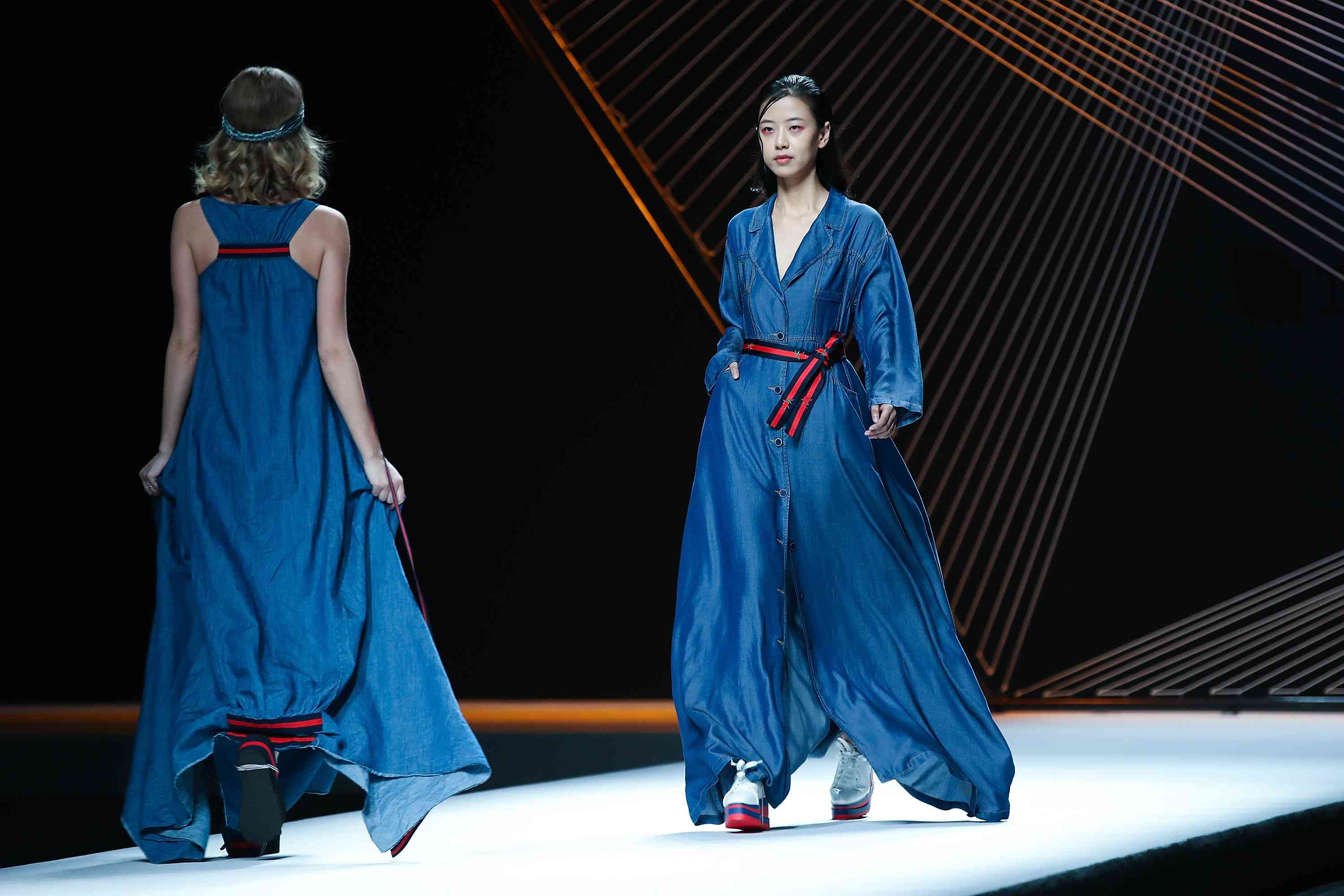 Mercedes-Benz China Fashion Week S/S 2018 Collection - Day 9
