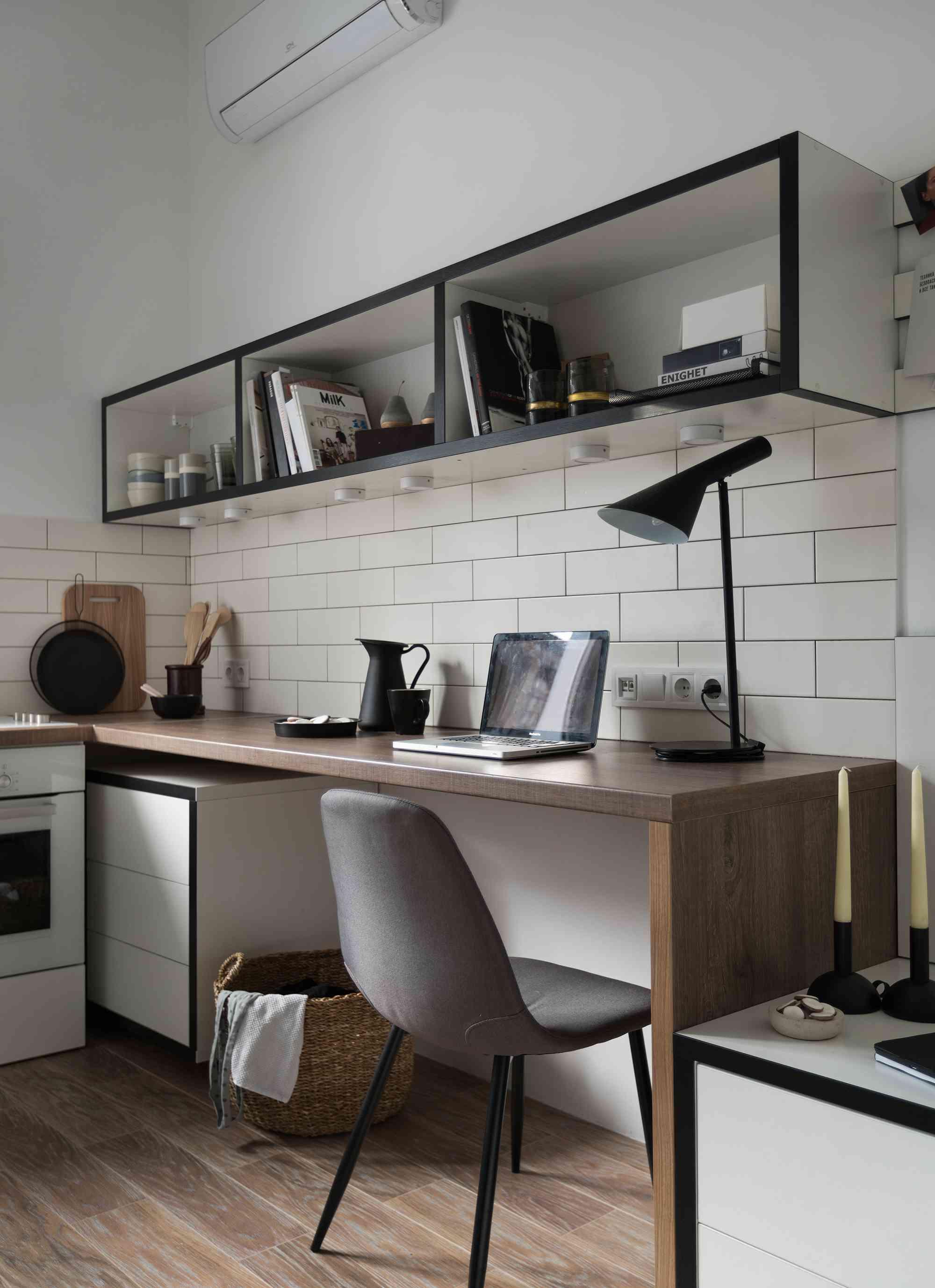 Odessa micro-apartment renovation Fateeva Design desk