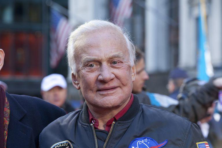 El astronauta Buzz Aldrin bailará con un tipo diferente de estrella