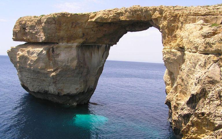 El famoso arco de ventana azul en Malta ya no existe