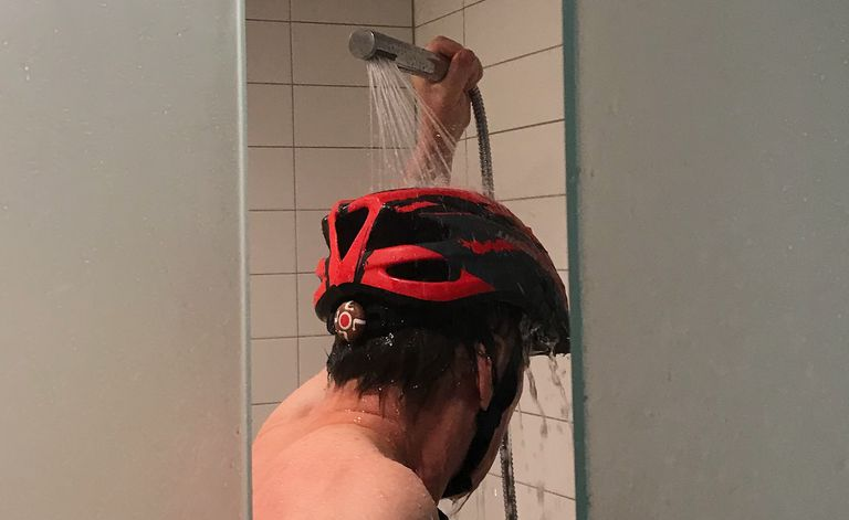Why Don T Americans Wear Helmets In The Shower