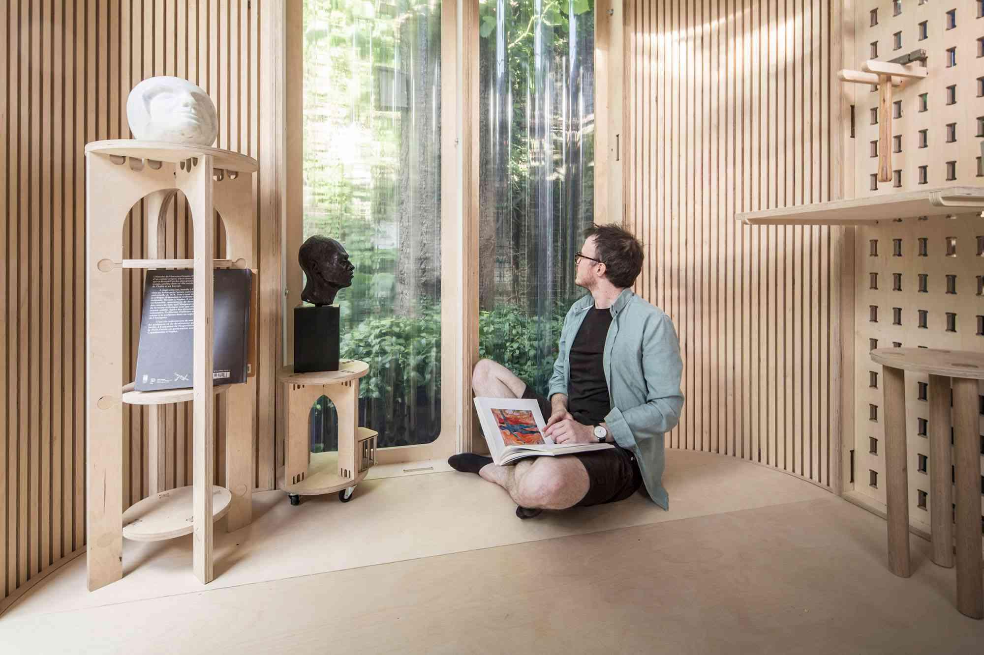 My Room In The Garden prefab home office module Boano Prišmontas interior