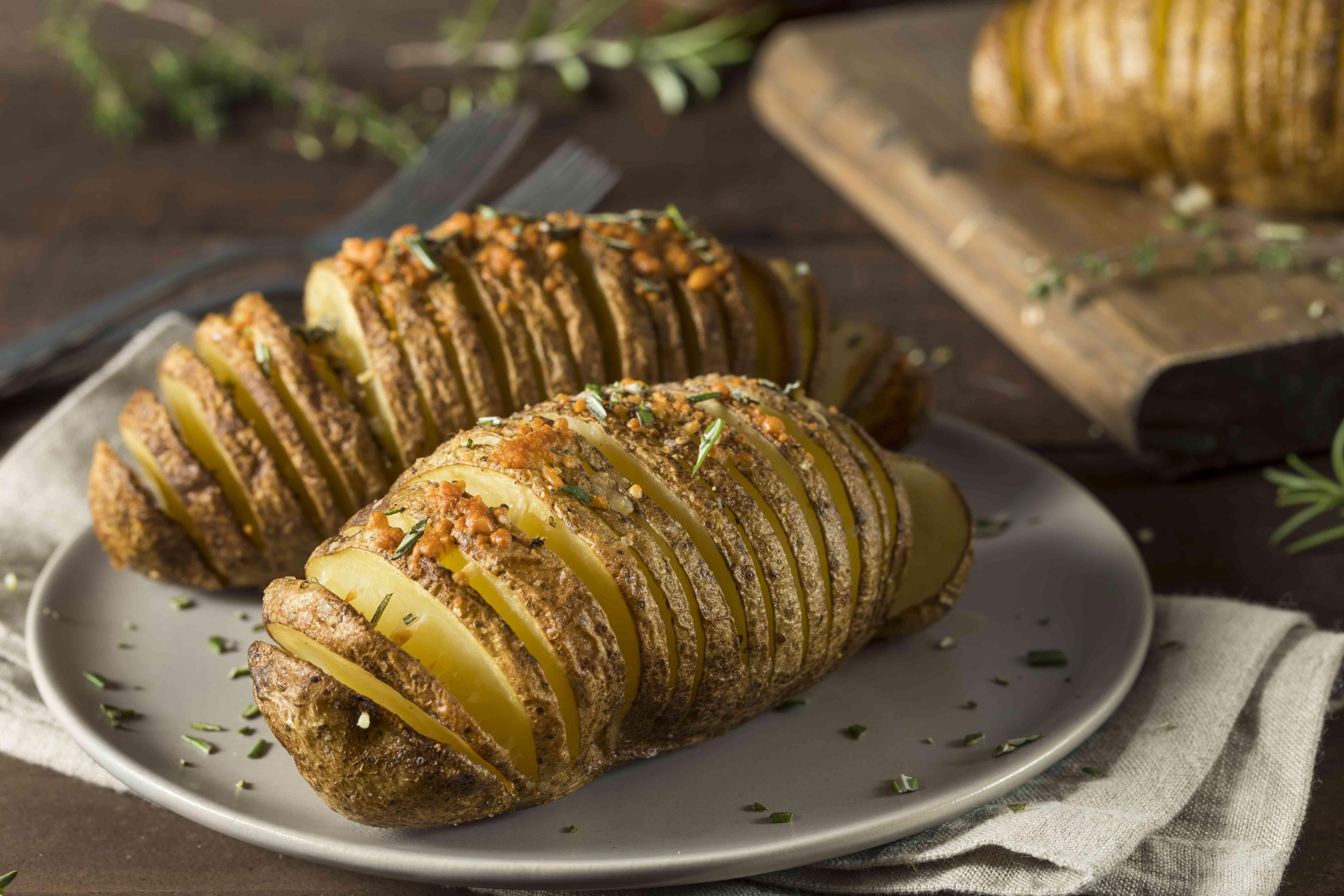 Homemade Cheesy Hasselback Potato