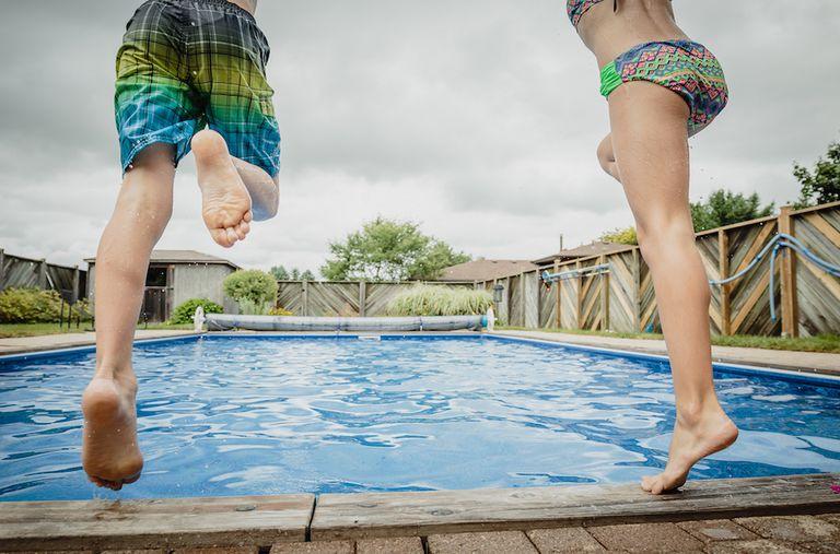 Esa piscina en el patio trasero es mucho más cara de lo que crees