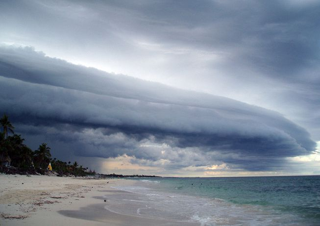 Clouds with arcus features
