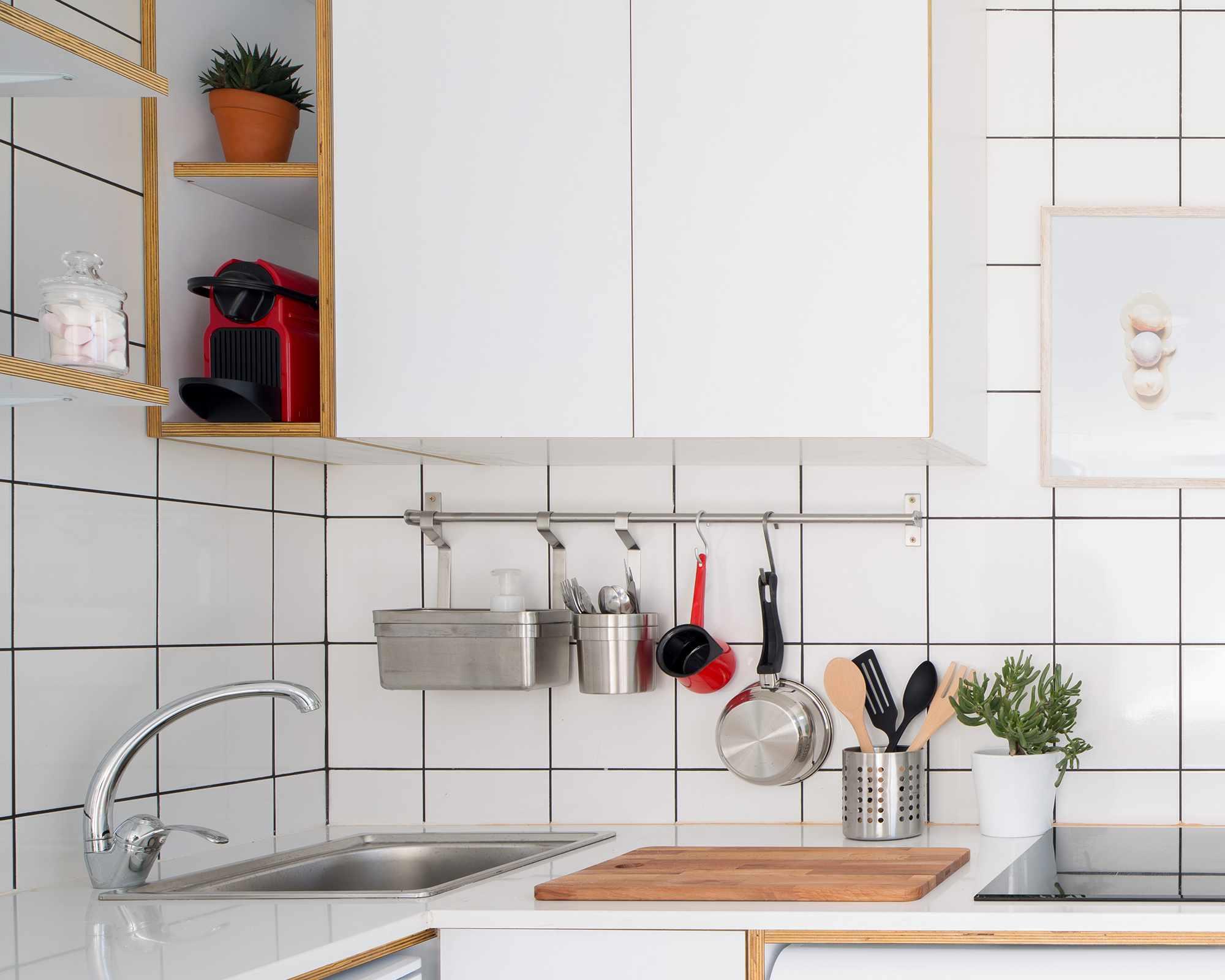 The Shoebox micro-apartment by Elie Metni kitchen