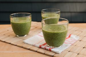 three glasses of spinach smoothies