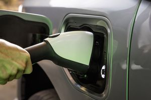 Ford F-150 charging