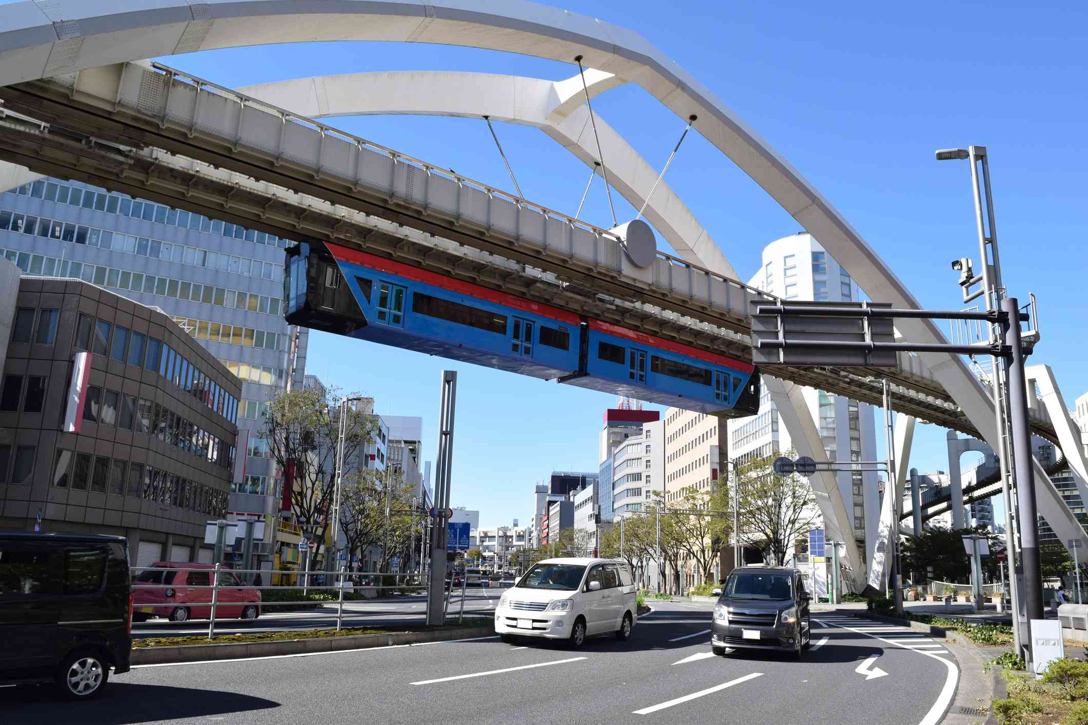 Chiba monorail running over a busy street