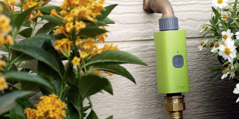La válvula de riego inteligente agrega conectividad y automatización a cualquier manguera