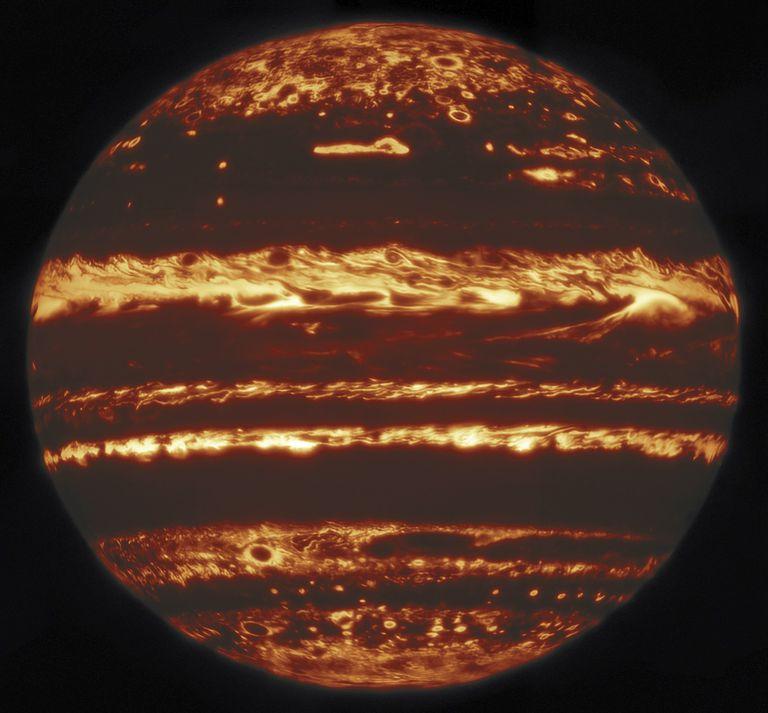 Los astrónomos crean un retrato sin precedentes de Júpiter en infrarrojos