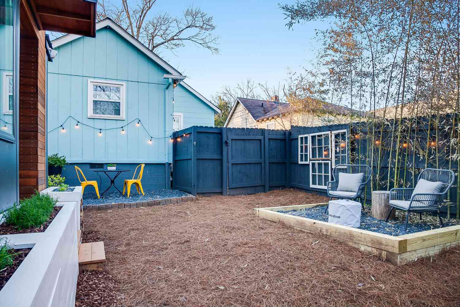 tiny house 2 for rent outdoor area