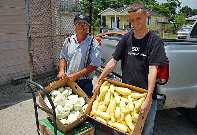 Farmers donate food